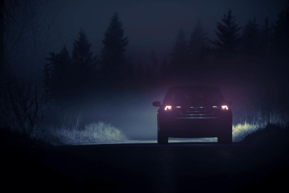 Bezpieczna jazda nocą – o czym pamiętać?